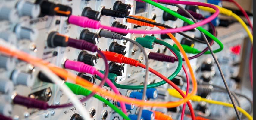 家庭装修布线和日常生活中网线怎么选?什么是超五类(CAT5E)六类(CAT6)和超六类(CAT6A)网线?百兆千兆万兆网络线材如何选择?